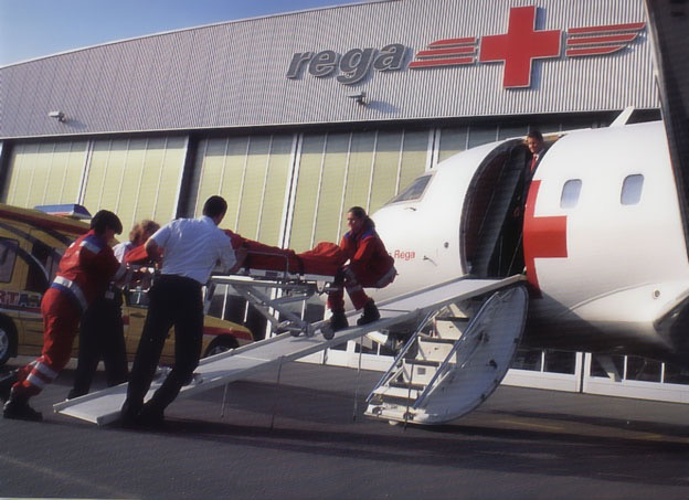 Ambulance jet ramp, REGA. Manufacture of light, foldable aircraft ramps.